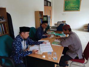 Suasana Ujian Komprehensif mahasiswa STID Mohammad Natsir